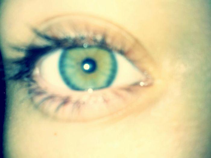 my eye color ... <3