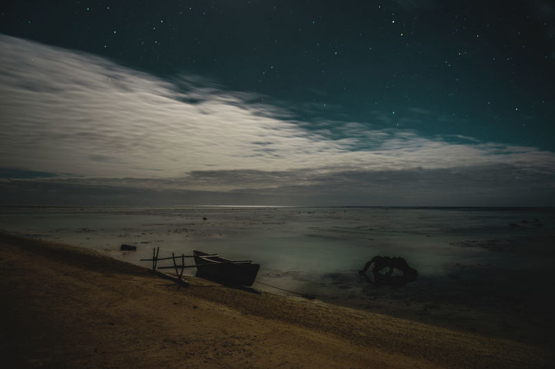 Moon Nights Cook Islands Atiu Moon MoonNights Night Photography Night Walks Wooden Boat Aitutaki Cloud - Sky Cook Islands Dark Beauty Darkness And Light Fullmoon Haunting  Island Longtimeexposure Low Tide Moonlight Mysterious Mystical Nightscape Nightsky Ocean Rarotonga Stars Stranded