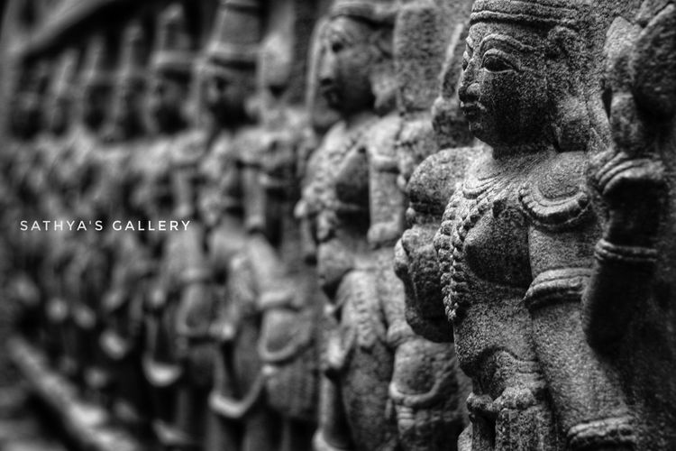 Indian Sculptures Photography Focus Depth Of Field Beautiful Temple India Indian Culture  Indian Sculpture Indianphotography India_clicks Beauty Depth Of Field Sculpture Indian Temple Eye4photography  EyeEm Gallery EyeEm Selects EyeEm EyeEm Best Shots - Black + White EyeEm Gallery Black And White Black EyeEm Selects Statue Sculpture History No People Day Outdoors Close-up