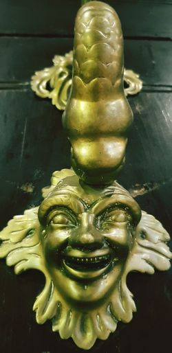 Door Knocker Old Town Statue Gold Colored Close-up Art Gilded