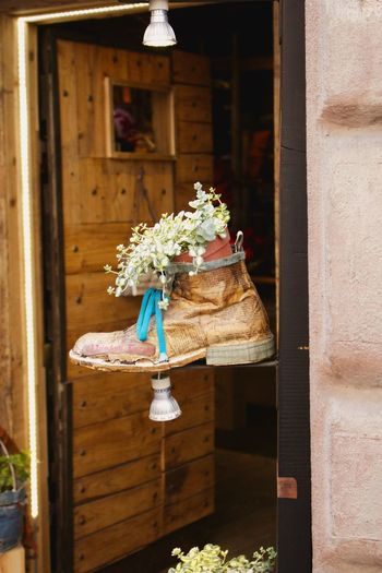 Architecture Building Exterior Built Structure Day Flower Flower Head Italy Montepuliciano Nature No People Outdoors Shoe ShoePorn Shoes Shoes <3 Shoes Of The Day Shoes ♥ Shopfront Shopfronts Tuscany Tuscany Italy The Still Life Photographer - 2018 EyeEm Awards