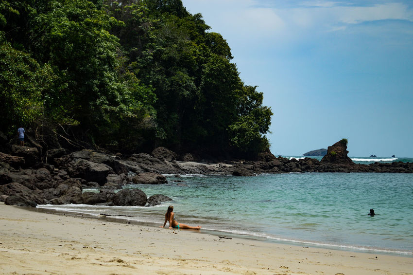 Manuel Antonio Manuel Antonio National Park Costa Rica 🇨🇷 Manuel Antonio Park Beach Beauty In Nature Day Nature Outdoors Real People Sand Scenics Sea Sun Bathing Travel Destinations Tree Turistic Places Vacations Water Women