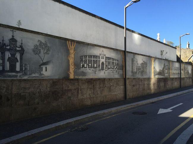 Boavista Porto Portugal Streetart Graffiti Trompe-l'œil Streetview Trains Blue Sky
