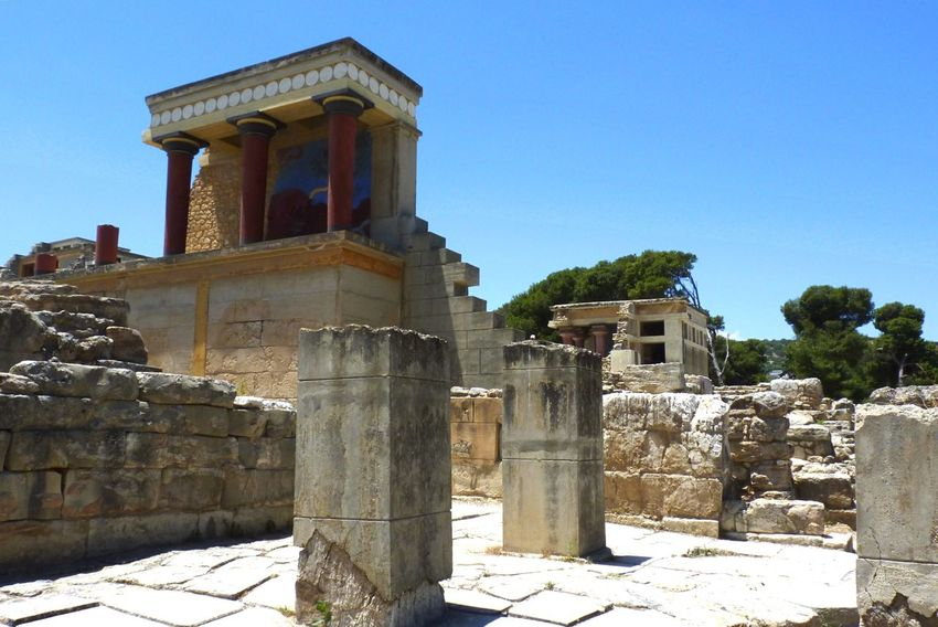 Knossos Crete Hello World Traveling Streetphotography Street Photography Travel Photography EyeEm 2015 Old Buildings Architecture