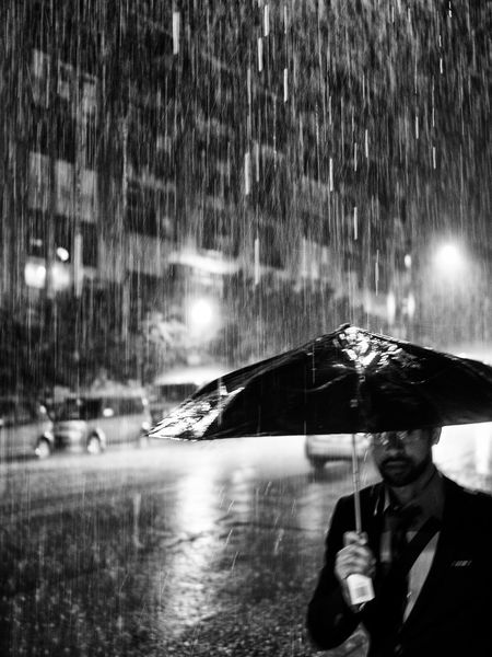 Bad Weather Chicago City Glasses Man Night Life Pouring Pouring Rain Rain Rain In The City Raining Cats And Dogs Beard Night Night Rain Rainfall Real People Street Umbrella Weather Wet Wet Street The Street Photographer - 2018 EyeEm Awards