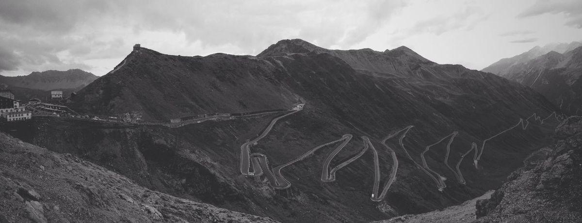 Passodellostelvio Stelvio Stelviopass Mountain View Landscape Panorama Giro D'Italia