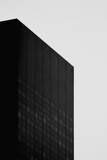 Building Low Angle View Graphic Graphic Photography Graphic Composition Window Façade Angle Blackandwhite Contrast Sky The Graphic City