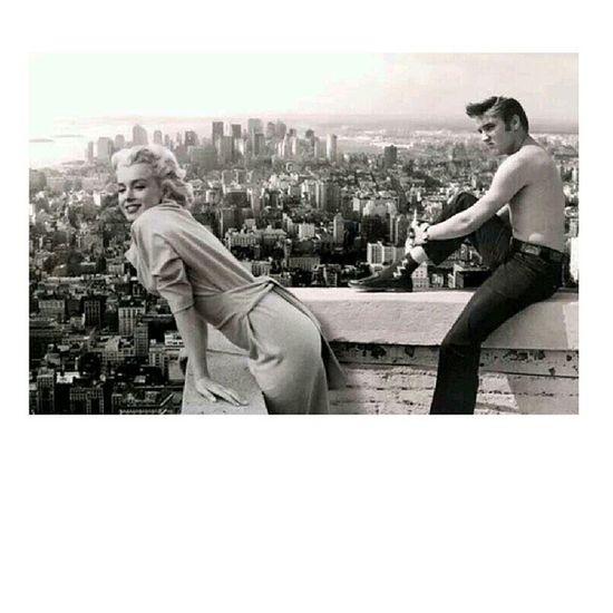 Somehow LOVE this. Marilynmonroe Elvispresley