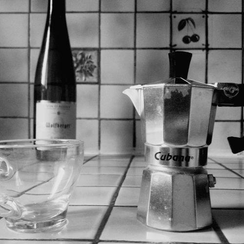 the three parties encounter :D Relaxing Caffetiera Vin D'Alsace Blackandwhite