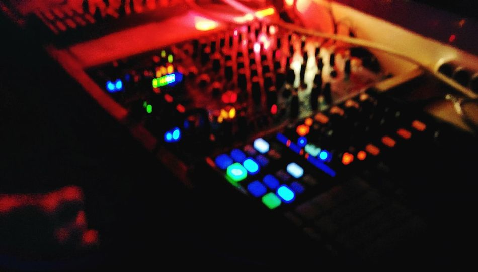 DJing Elctronic Music Partying Party HipHop Clubbing Club Night Djing Partying Nightlife Drunk Nights Drunk Beers Liquor Musik Dance Lights Show Showcase: February Console Night Mixing Console Sound Mixer Human Meets Technology