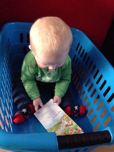 Alternative Fitness Mein Fitness Programm heißt Baby Children Kids und Aufräumen Haushalt und das von früh bis spät...