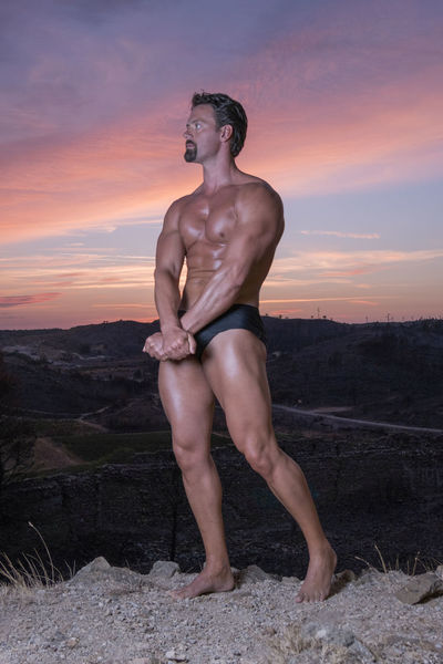Beauty In Nature Body & Fitness Body Curves  Bodyart BodyBuilder Bodybuilding Bodybuilding Motivation Bodybuildingmotivation Cloud - Sky Dramatic Sky Fitness Full Length Human Representation Idyllic Nature Orange Color Outdoors Person Scenics Sky Summer Sunset The Color Of Sport The Color Of Sport By September 14 2016 Young Adult My Year My View Uniqueness Millennial Pink The Week On EyeEm This Is Masculinity