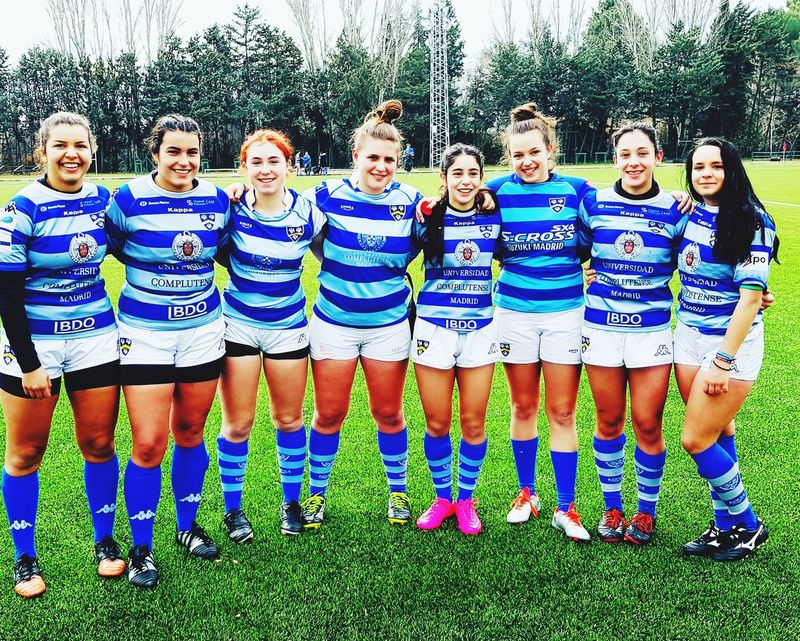 Rugby girls Rugby Rugby Pitch Day Real People Boys Front View Outdoors Medium Group Of People Standing Togetherness Sports Clothing