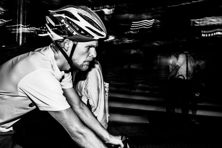 Night Streetphotography Blackandwhite Street Photography Light And Shadow Illuminated Monochrome 35mm Tokyo Street Photography Leicacamera EyeEm Best Shots Capture The Moment City Nightlife