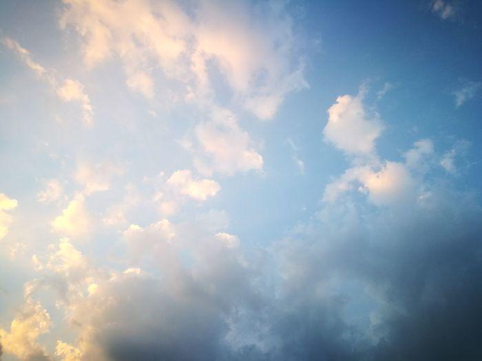 Bangkok 18:00 Sky Cloud - Sky Backgrounds Heaven Beauty In Nature Cloudscape Sky Only Bangkok Sky Sky