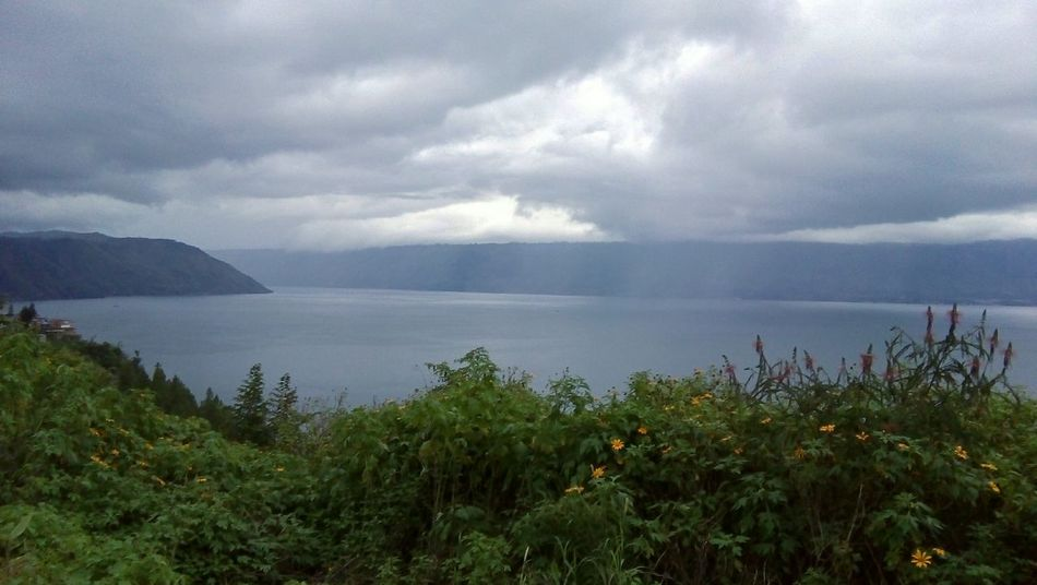 Toba Parapat INDONESIA Lakeview Clouds