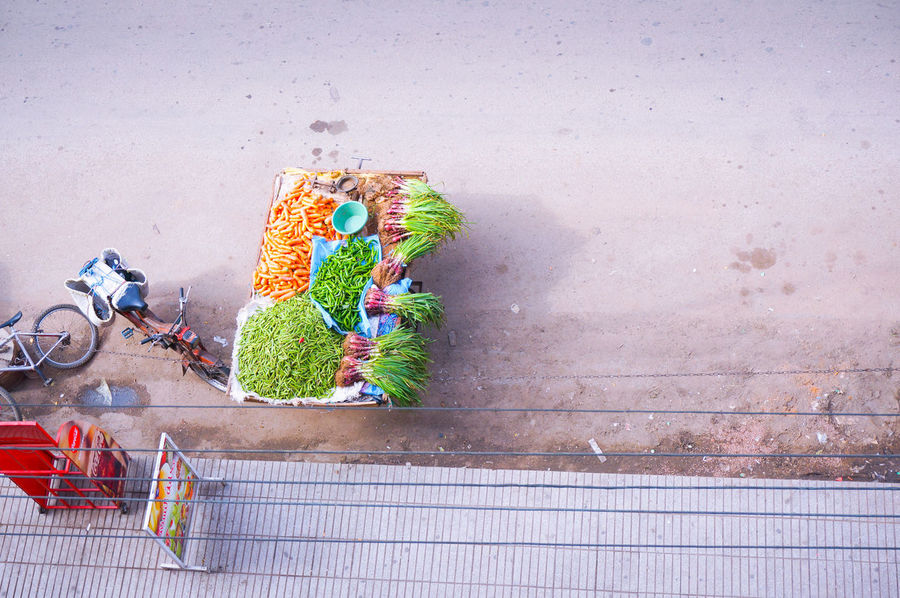So So Fresh 🥒🍎🍒🍐🥝🍉🍅 Aerial View Aerial Shot Aerial Légumes Vegetables Colorful Colored Streetphotography Shades Of Color On The Road Mobilephotography Shootermag AMPt_community Vscocam VSCO Snapshots Of Life Snapseed AndroidPhotography Casual Visual Witness Streetphotography Colors Maximalism Maximalist From The Balcony