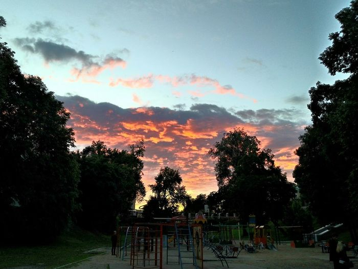 my evening 🎆 Walking Around Nature Sky Sportsground Sunset Colors Pink Red Clouds