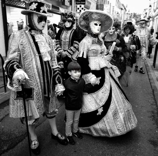 Carnaval du Monde - Limoux, France Large Group Of People Outdoors People Blackandwhite France Black And White Carnaval Carnival Carnival Time Carnival Mask Carnival Costume South Of France Black & White Day France🇫🇷 Carnival Spirit Limoux France Photos Carnival Costumes Carnaval 2017 Carnival Crowds And Details Carnaval De Limoux Child