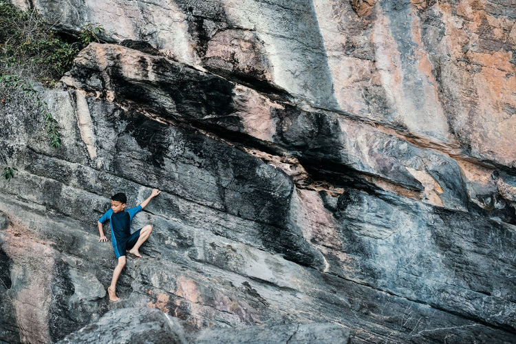 An Eye For Travel Adventure Challenge Cliff Climbing Healthy Lifestyle Leisure Activity Nature Outdoors RISK Rock - Object Rock Climbing Rock Face Strength The Traveler - 2018 EyeEm Awards