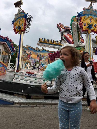 Schlechtes Wetter beim Familientag auf der Annakirmes Düren Amusement Park Zuckerwatte First Eyeem Photo