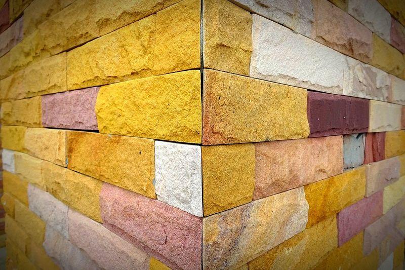 Post Bricks Corner Edge Geometry Geometric Shape Quirk Obtuse Angle Multi Colored Multiple Layers layer & arrangements