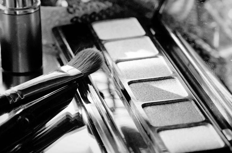 make up session Make Up Artist Eyeshadowpalette EyeEm Selects Indoors  Close-up Day