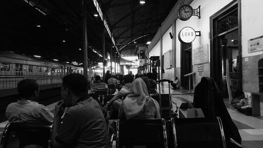 Train Station Black And White Waiting For A Train Jogjakarta Tugu XPERIA Phoneography XperiaZ5