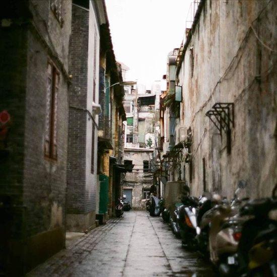 😀 Minoltax700 AgfaVista Macau Oldchair Oldstreet Street Vivitar28mm Films Agfavista200 Macauhistory Oldtown Times