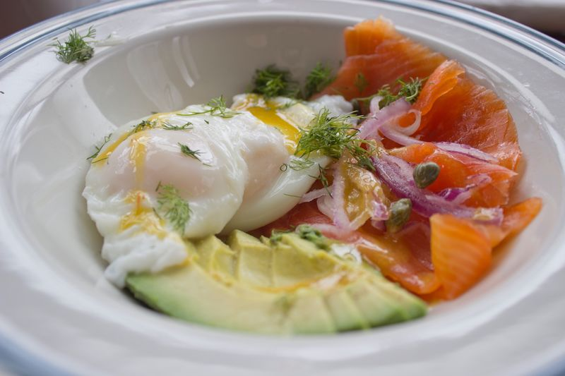 Smoked Salmon, Poached egg with avacado Presentation Photooftheday EyeEm Masterclass EyeEmBestPics Eyeem Market EyeEm Gallery Torontophotographer Master_shots EyeEm Selects EyeEm Best Shots Food Foodphotography Delicious Brunch Plating Food Food Food And Drink Ready-to-eat Healthy Eating Freshness Wellbeing Close-up Plate Serving Size Meal