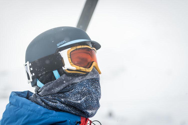 One Person Cold Temperature Helmet Winter Snow Sport Portrait Leisure Activity Clothing Day Headshot Ski Goggles Focus On Foreground Headwear Lifestyles Nature Men Winter Sport Outdoors Warm Clothing Crash Helmet