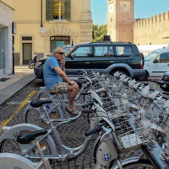 Streetphotographers Streetphotography Street Photography Street Life Candid Candid Photography EyeEm Best Shots Eyemgallery Eyemitalia Eyemdaily Picoftheday Eyemphotography Verona Italy