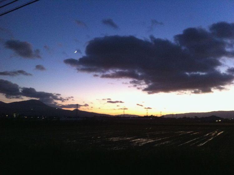 Sunset 夕方 Landscape Tranquil Scene Nature Scenics Sky Field Rural Scene