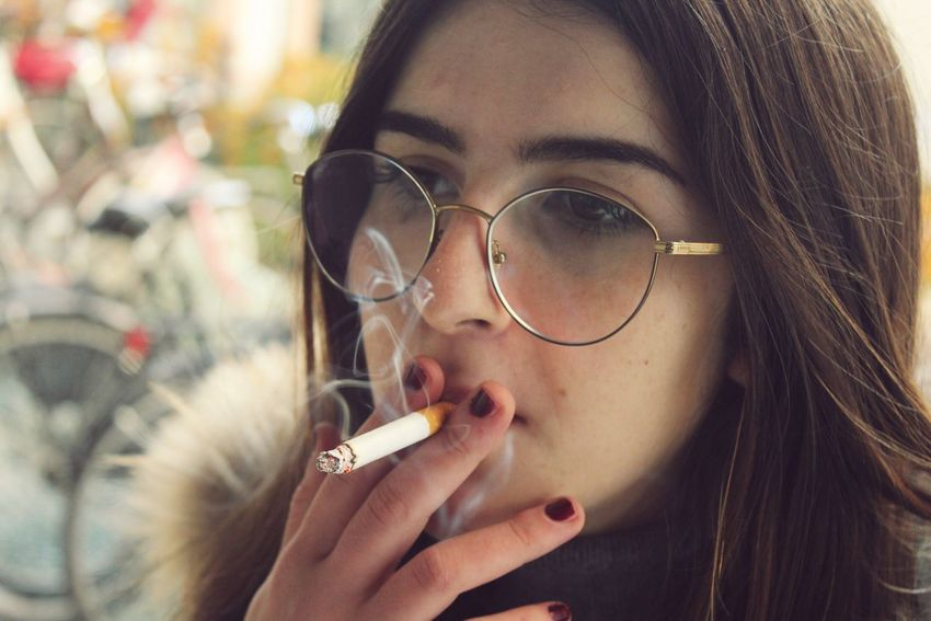 Francesca One Person Eyeglasses  Headshot Close-up Fumo Francesca Ragazza One Woman Only Young Adult Beautiful Woman Real People People Adult One Young Woman Only Indoors  Smoke Occhiali Human Body Part Tumblrgirl Beauty Fotografia -CM
