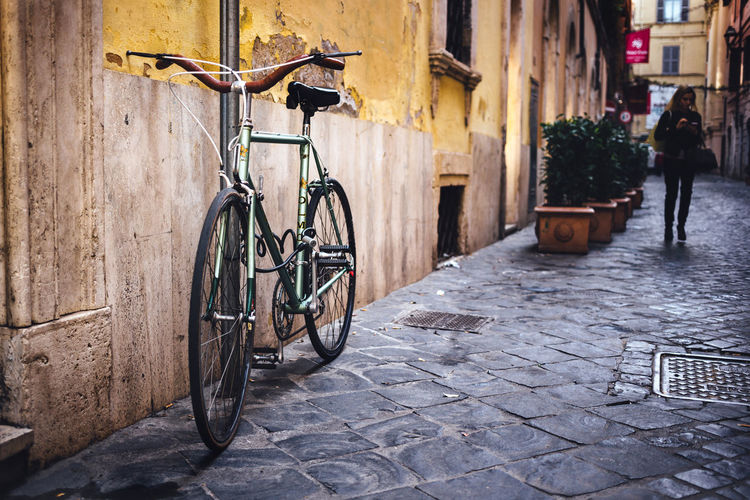 City Life Moving Around Rome Stories From The City Bicycle Building Exterior Built Structure City Land Vehicle Lifestyles Mode Of Transport Parking Street Streetphotography Transportation Via Del Babuino