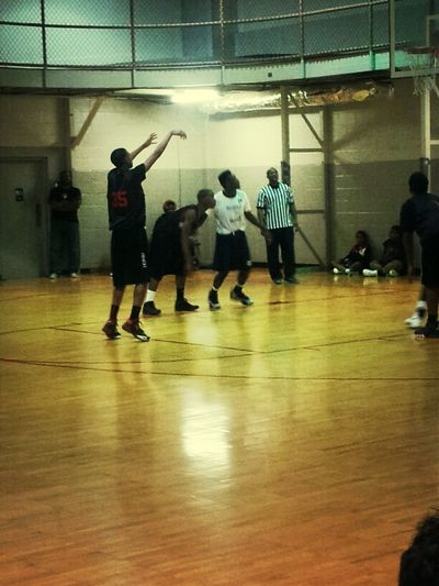 Suring Game Shooting Free Throw
