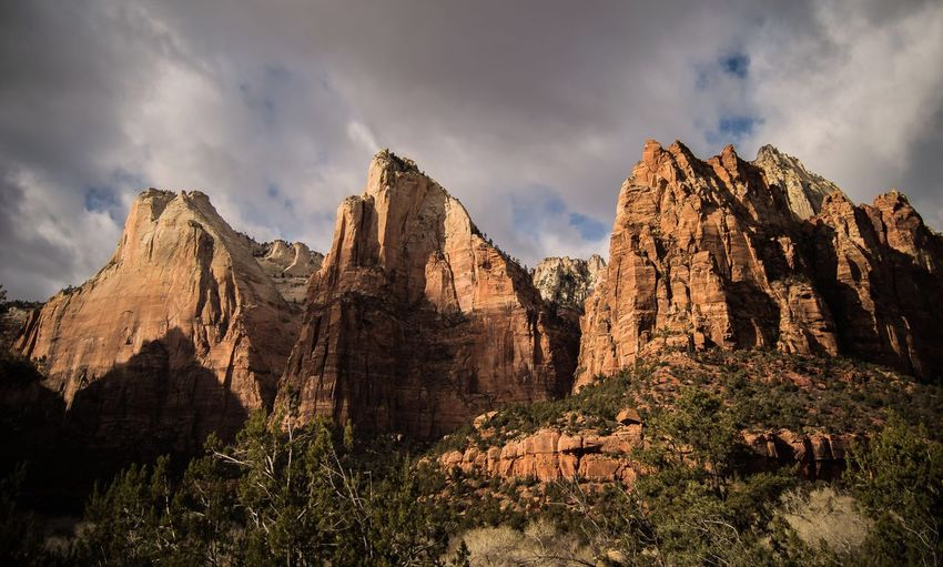 Scenics Tranquil Scene Rock Formation Beauty In Nature Nature Zion National Park