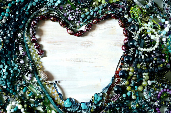 Bijoux Blue Bracelets Creative Dark Colors Day Frames Green Heart Shaped  Indoors  Luxury Necklaces No People Trinketry Women's Accessories