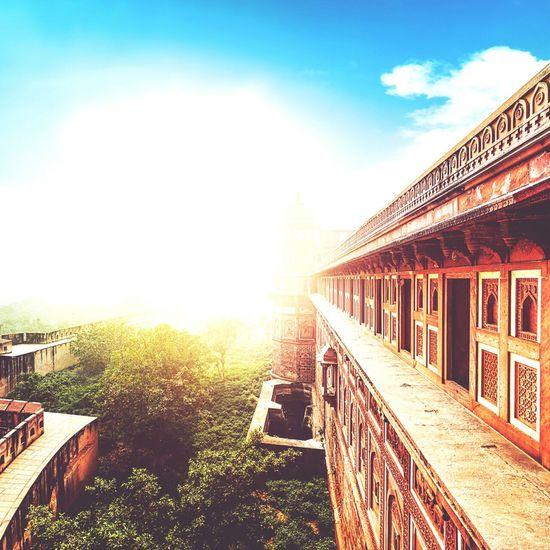 Art Sunrise Toohot Likeforlike Follow4follow Life Fun Enjoying Life Taking Photos Happy 2K16 ✌️ MyLifeMyWorldMyEverything Light And Shadow Working Smile