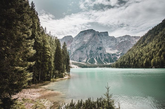 Mood Braies Pragserwildsee Braies Mountain Nature Beauty In Nature Tree Scenics Lake Water Tranquil Scene Tranquility Forest Sky Outdoors No People Mountain Range Pine Tree Rocky Mountains Landscape