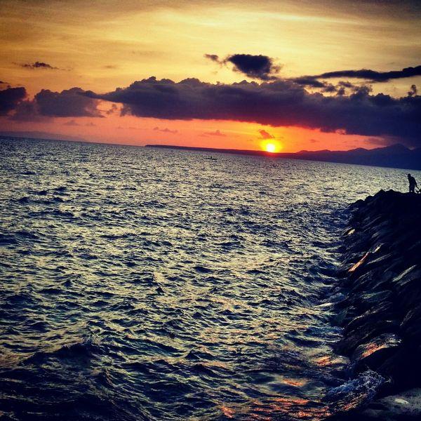 You're like the sun - My sweetest hello and my hardest goodbye. Sunrise Beachphotography Jogging Life