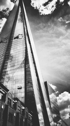 Upto the skies . Renzo paino . Picture taken by my friend and edited by me !! Popular Photos Eye Em Best Shots Urban Geometry Architecture