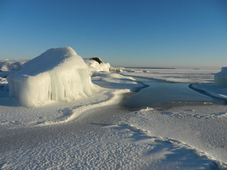 Ice Iceicles Nature Beauty Sea Seaice Stone In Ice Winter