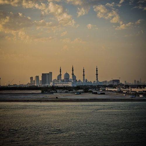 Shangrilaabudhabi SheikhZayedMosque Abudhabi