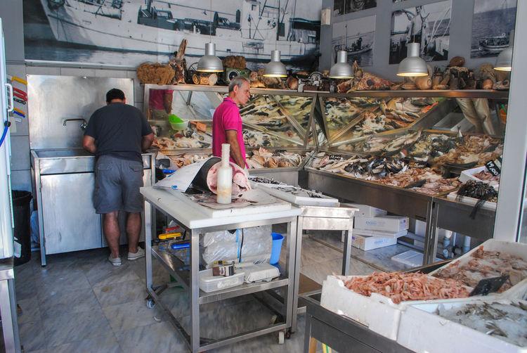 Fish shop Adult