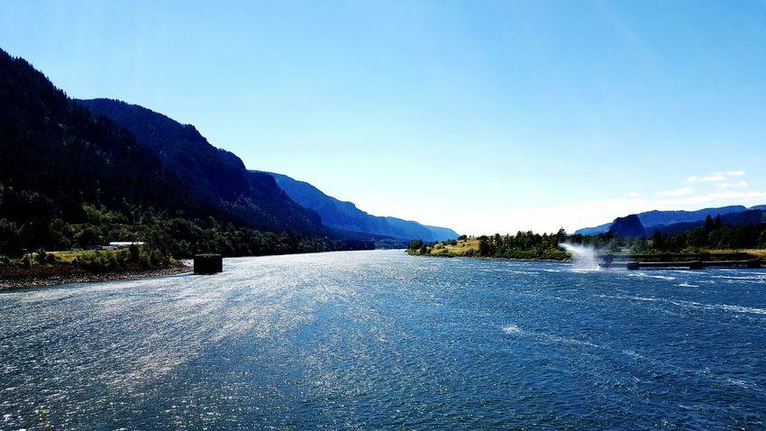 Dowwn Stream Bonneville Dam Oregon