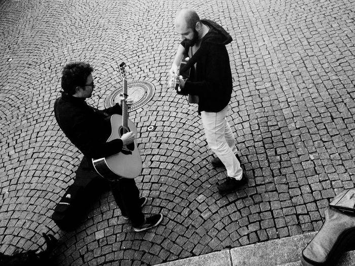 Blackandwhite Cobblestone Day Livingthegoodlife Music Musician Outdoors Vagabond