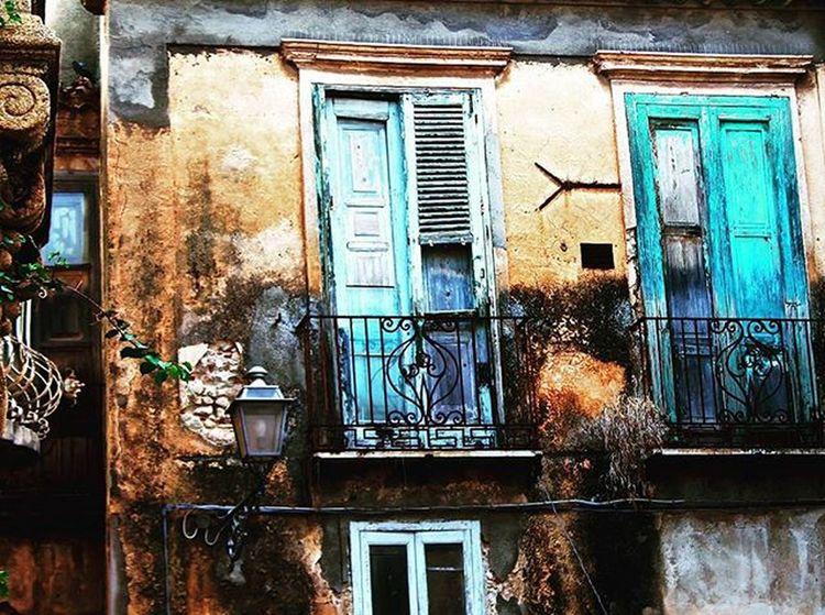 Balcony over the Tropean coast.. Tropea Calabria Italia Italy ViboValentia Travel Instatravel Travelwriter Instatravel Travelgram Travelphotography Arountheworld