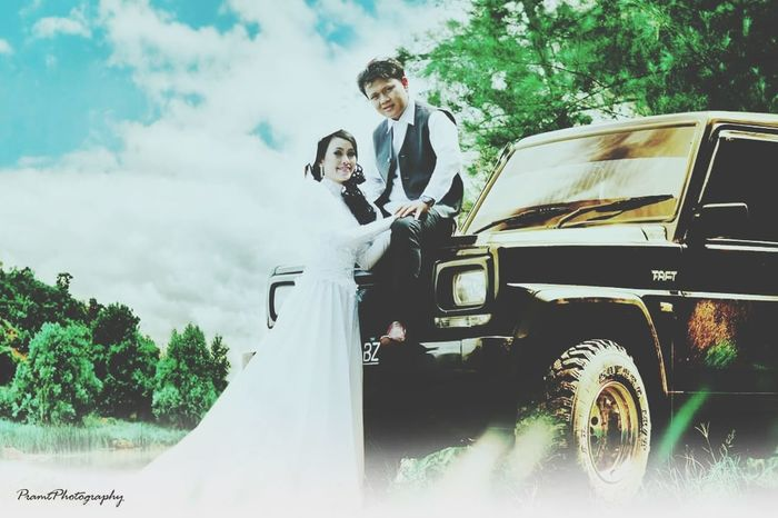 Frame Photography Preweddingshoot Colage Of Photos Wedding Photography Cenimatography Hanting Photography Photographic Memory Traveling Power Point Photo Shoot Photography Moments Vintage Karikatur Young Women Men Women Wedding Dress Well-dressed Togetherness Car Standing Sky Cloud - Sky