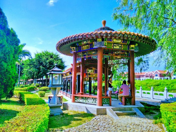 Built Structure Architecture Architectural Column Plant Outdoors Architectural Feature EyeEm Hi! Formal Garden Traditional Building Taking Photos Architecture